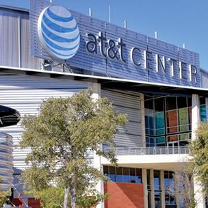 PETA officials gave high marks to the AT&T Center for serving up vegetarian options for fans.