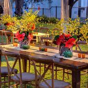 Table linens and florals by Don Strange of Texas