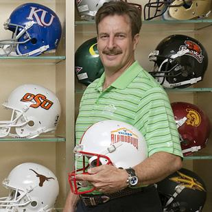 Valero Alamo Bowl President and CEO Derrick Fox says San Antonio deserves a shot at hosting NCAA football playoffs.