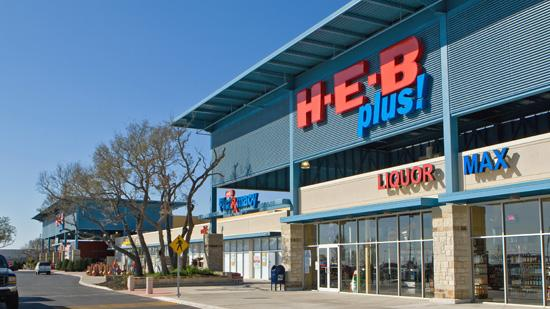 H-E-B crowned its Slim Down Showdown Competition weight-loss champion. Chris Sonnier pocketed $10,000 for losing more than 50 pounds.