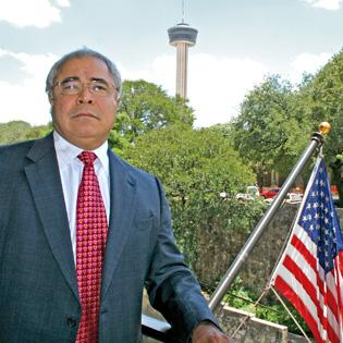 Mario Hernandez, president of the San Antonio Economic Development Foundation, says he supports a federal solution to resolving the nationwide Internet sales-tax issue.