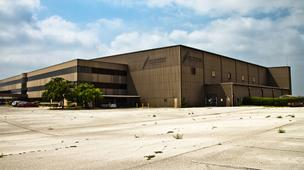 NovaShare Group will locate its fixed base operation in the former Emivest Aerospace headquarters at San Antonio International Airport.