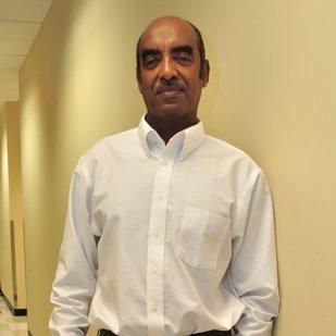Hatim Sharif teaches flood control to engineering students at the University of Texas at San Antonio.