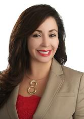 Liz Campos