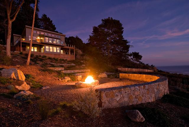 For $25,000, you and a loved one can be wined and dined in this Big Sur home.