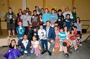 Raiders quarterback Carson Palmer shares the love with kids at Children's Oakland.
