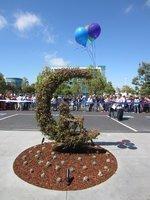 DreamWorks debuts building, plans to hire 200 (photos)