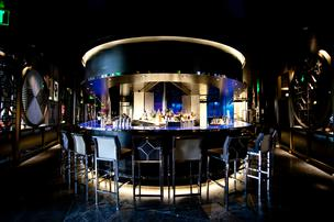 Hakkasan's 10,000-sqaure food new restaurant in San Francisco. Modern Chinese motifs like lanterns and screen line the