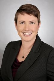 Jessica Nall has succesfully represented senior-level executives and companies facing high-stakes SEC investigations and enforcement actions, Department of Justice investigations and prosecutions, and complex internal investigations as a partner at Farella Braun + Martel. And she is a founding member of Bay Area Women in White Collar Criminal Defense.