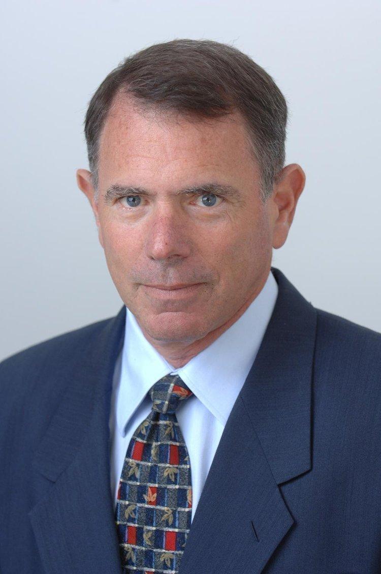 UCLA Senior Economist Jerry Nickelsburg says moves to discourage immigration will ultimately hurt U.S. economy.