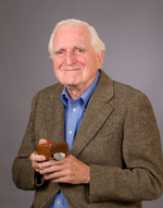 Inventor of the computer mouse Douglas Engelbart dies