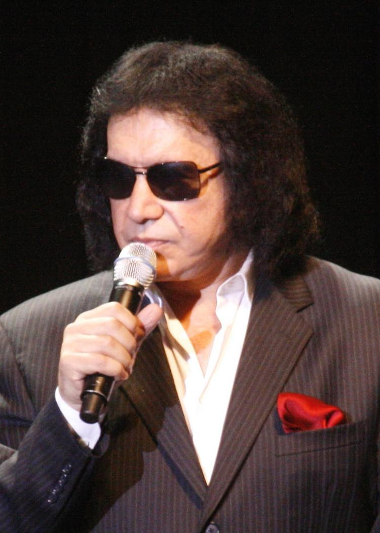 Kiss founder Gene Simmons offered San Francisco private equity professionals some of the life lessons he learned in building the popular 1970s band.
