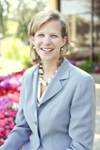 Intersect ENT President and CEO Lisa Earnhardt