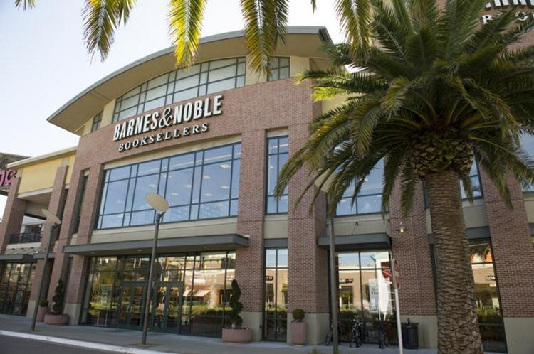 Barnes & Noble plans to keep its store open in Bay Street Emeryville.
