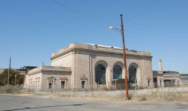 The 16th Street Train Station was built in 1912 and closed down in the 1990s. An affiliate of Bridge Housing, an affordable housing developer, owns the property and would like to find a new use for it.