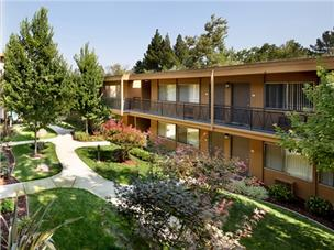 Interstate Equities picked up three Walnut Creek complexes and expects rents to continue rising.
