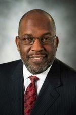 Kaiser Permanente names Bernard Tyson president/COO
