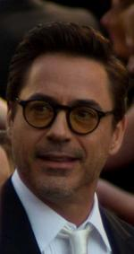 Robert Downey Jr. sighted at Packing House in Milwaukee