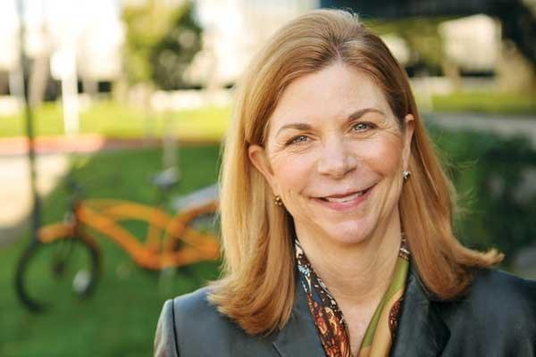 Genomic Health CEO Kim Popovits: Oncotype DX transforms health care.