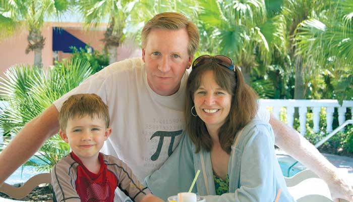 ALS patient Ben Harris, with son Rawden and wife Rebecca, is spreading the gospel of Neuraltus' drug with help from the Internet.