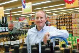 Grocery Outlet will come to S.F. in 2012, says co-CEO MacGregor Read.