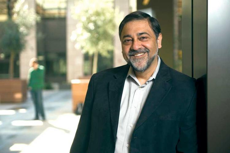 The United States should offer visas for graduate students who stay, found companies and employ Americans, says entrepreneur and educator Vivek Wadhwa.