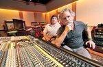 Grateful Dead's Weir tunes up