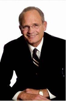 Mike Vallenari