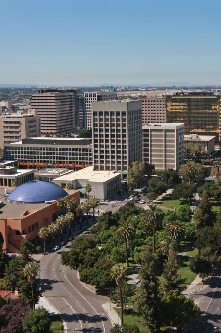 At $77,000 San Jose had the highest median household income of major cities nationwide in 2011.