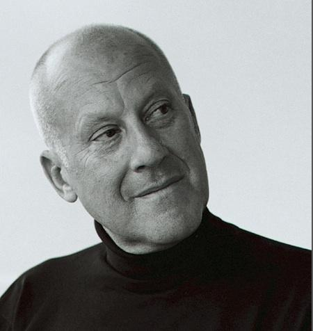 Apple is reportedly discussing designs for a new campus in Cupertino with famed British architect Norman Foster.