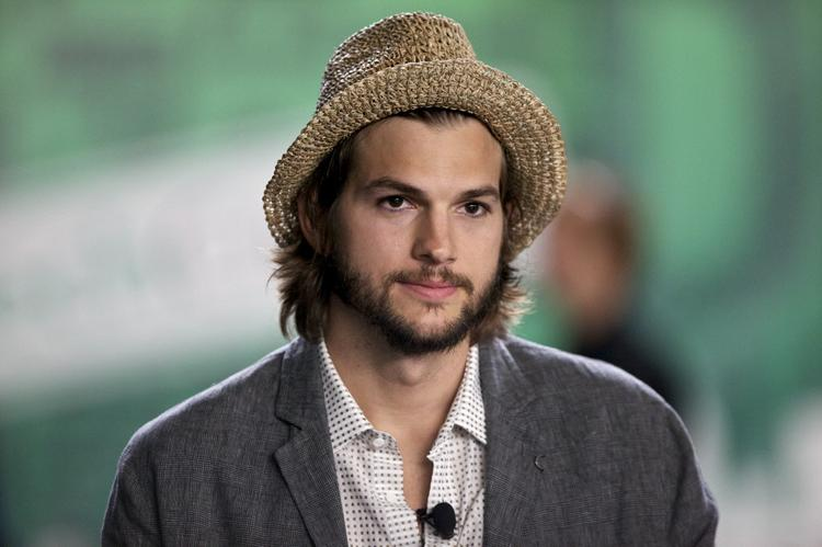 """Ashton Kutcher was hospitalized two days ahead of filming the upcoming Steve Jobs biopic""""jOBS,"""" having attempted to follow the Apple founder's extreme fruitarian diet."""