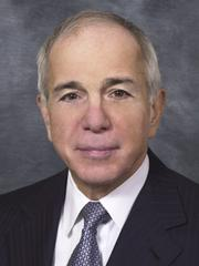 Former Verizon Communications CEO Lawrence Babbio has been on Hewlett-Packard's board since 2002. He was a member of the committee that recommended hiring Leo Apotheker as CEO.