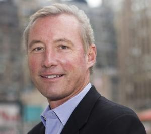 Yahoo has reportedly hired Google ad exec Michael Barrett to run its global ad business.