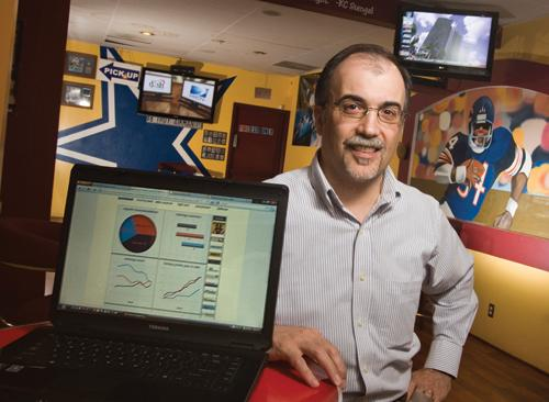 CEO Mike Musuris' SpinBall aims to catch a piece of the $4 billion fantasy sports league market.
