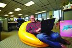 YouWeb startup guru expands his reach with forum, donation