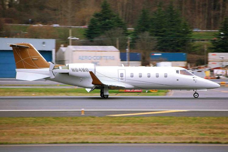 Meridian's Learjet 60 lands at Seattle's Boeing Field on Jan. 29, 2010.
