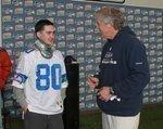 Paul Allen lauds Seahawks as playoffs fever grows