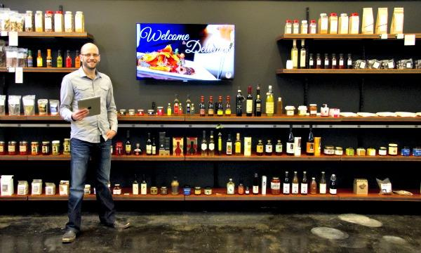 Justin Marx is opening a retail space that uses iPads and QR codes to connect specialty food shoppers with his company's massive amount of online information.