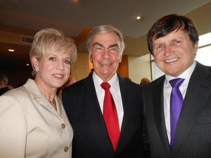 At a reception before the Woodrow Wilson Awards ceremony at Seattle's Four Seasons Hotel, Boeing's Laura Peterson, veteran news anchor Sam Donaldson, and tech guru and space traveler Charles Simonyi visit. Donaldson, who is president of the Wilson Council, was one of two emcees of the event.