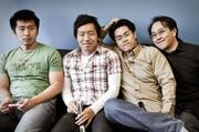 Four of five Decide.com co-founders are two sets of brothers Hsu Han and Hsu Ken Ooi and Ian and Brian Ma.