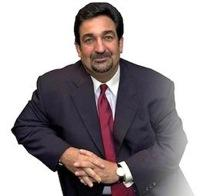 AOL Vice Chairman Ted Leonsis said that AOL was thinking about buying Apple around 1996 to save it from bankruptcy and boost competition against Microsoft.
