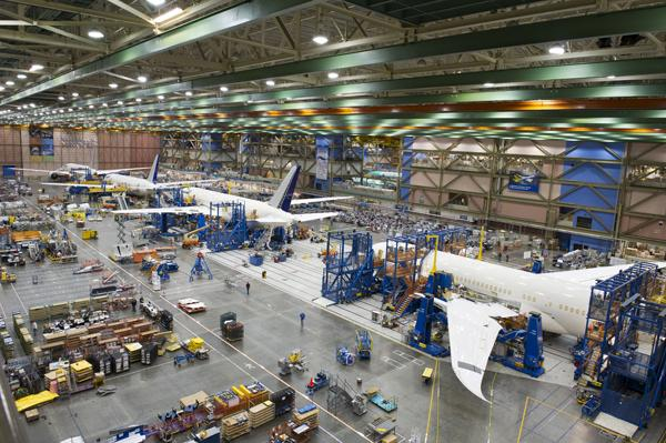 Boeing Co. lost three net orders of its 747-8 freighter.