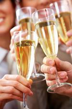 Applications for banquet liquor permits now online in Washington state