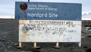 CH2M Hill Cos. Ltd. will pay $18.5 million in a settlement related to workers at the Hanford Site plant routinely overstating the number of hours they'd worked.