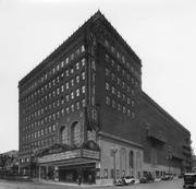 The Paramount Theatre opened in March of 1928, built by Hollywood-based Paramount Pictures, which constructed grand movie palaces in practically every major city in the country.