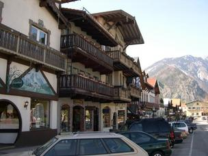 5. Leavenworth had 2.5 million visitors in 2011.The Puget Sound Business Journal ranks the busiest destinations in Washington state by 2011 visitor attendance. The full list of  the top 50 firms, compiled by Researcher Bonnie Graves, is available in the Aug. 24 print edition.