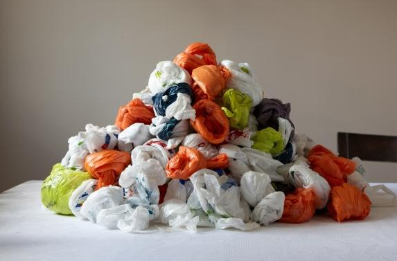 A Texas legislator's bill would prohibit bans on plastic grocery bags.