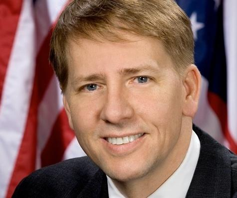 Consumer Financial Protection Bureau Director Richard Cordray wants home buyers to be given a simpler mortgage form three days before closing.