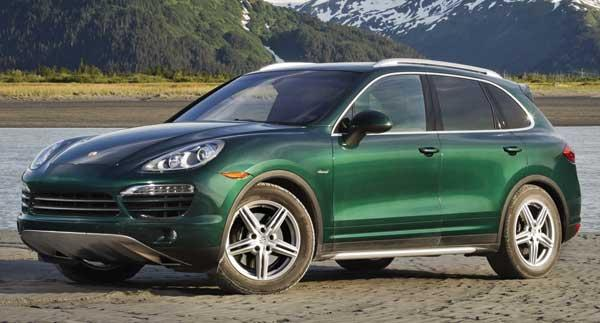 The 2013 Porsche Cayenne Diesel delivers fuel mileage as high as 30 miles per gallon.