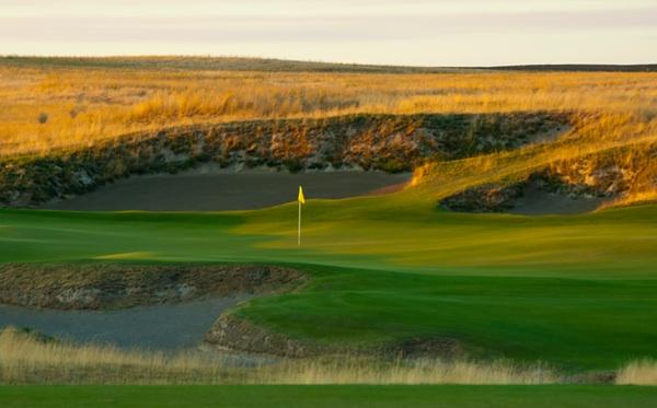 4. (tie) Wine Valley Golf Club in Walla Walla was rated 76.1 according to the Men's USGA course rating and 69.3 according to the Women's USGA course rating.